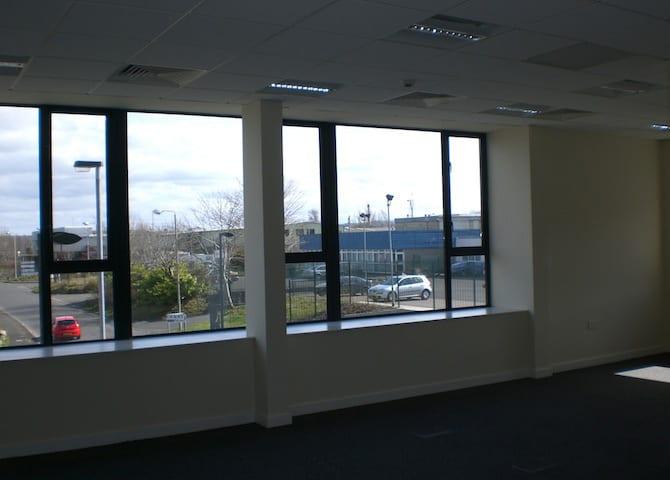 Ballinska Offices, Derry